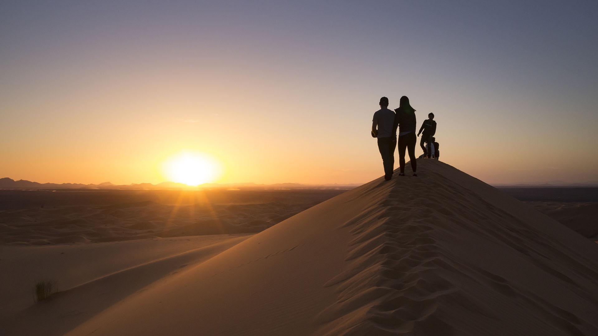 Riad Dar Hassan desert sunset
