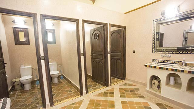 Who we are Riad Dar Hassan commun bathroom